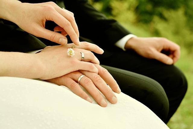 ile daje się na wesele