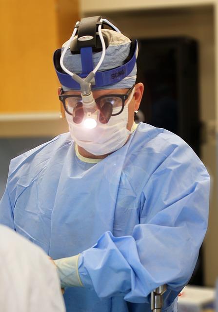 ile zarabia chirurg